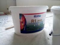 Relius R1 PRO muurverf