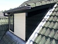 dakkapel mooi in de hoogglans geschildert